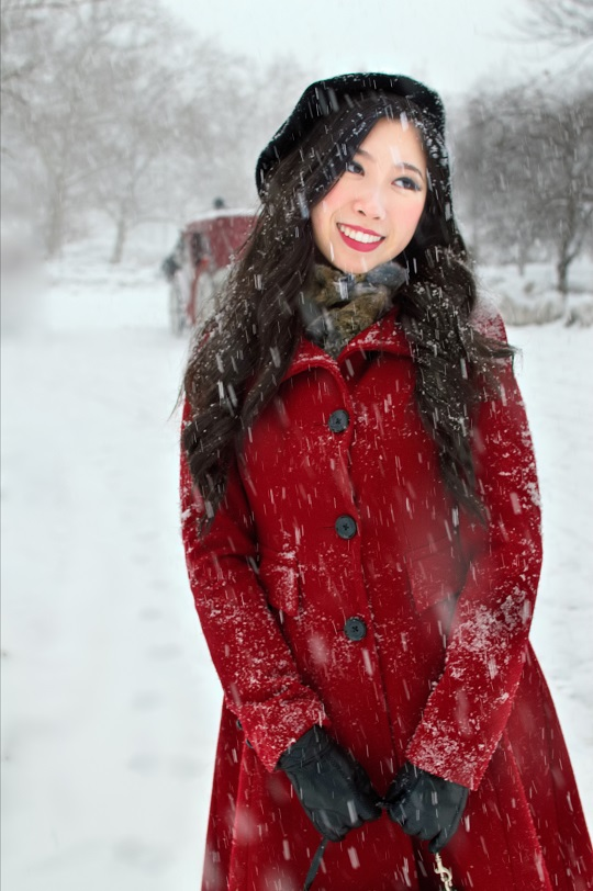 cute classy winter outfits red fit flare coat beret leather gloves