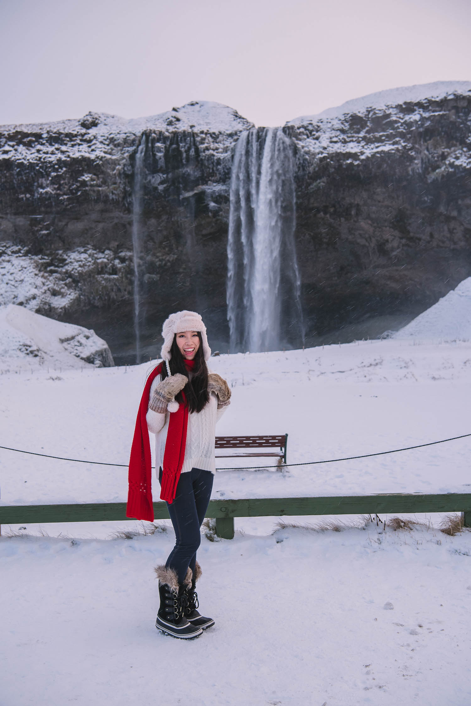 iceland waterfalls 29