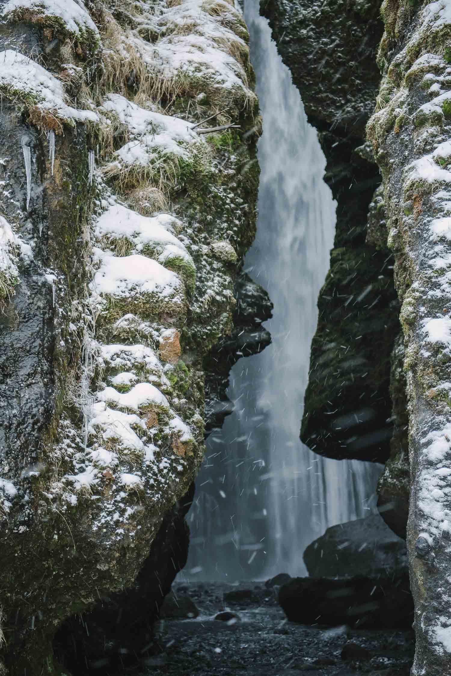 iceland waterfalls 34