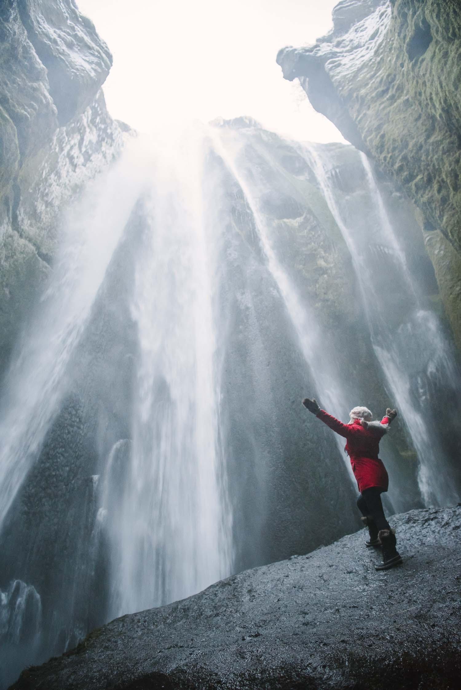 iceland waterfalls 36