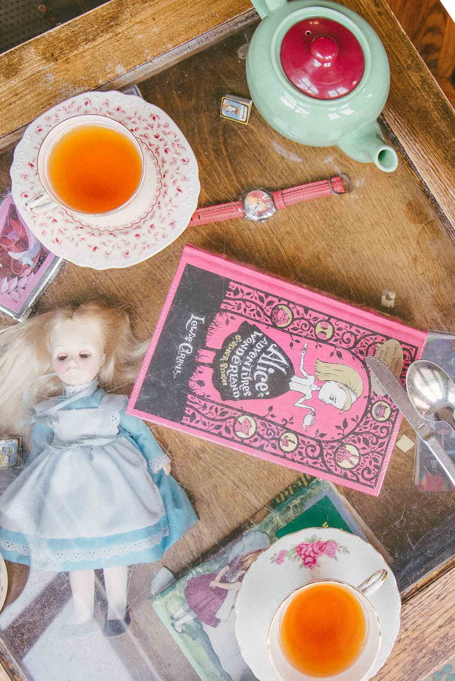 alice tea cup 14