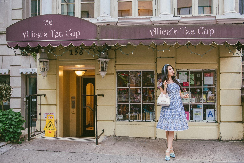 alice tea cup 46